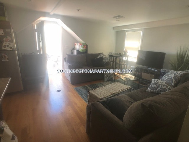 South Boston Apartment For Rent 2 Bedrooms 1 Bath 700