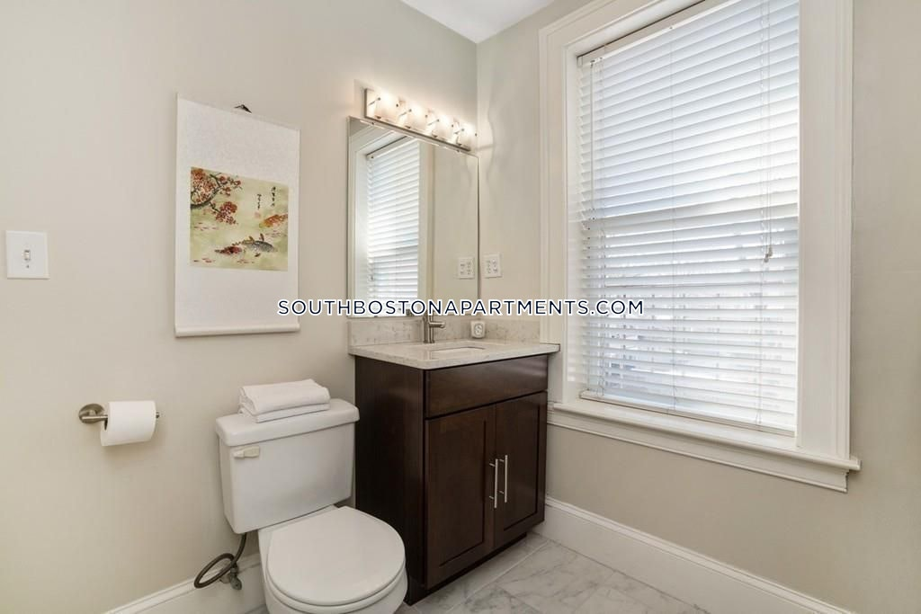 One bedroom with an office in Southie.  - Boston - South Boston - East Side $2,700